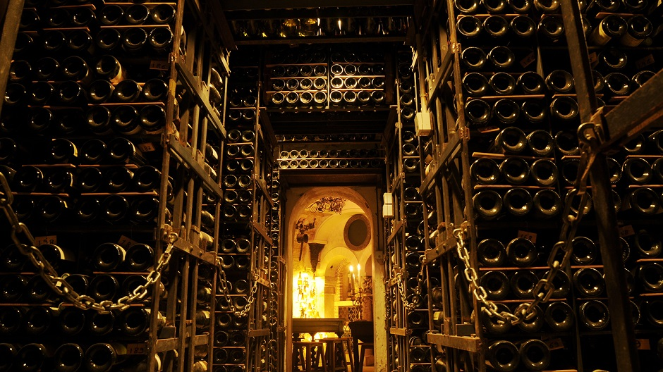 Tour_dArgent_wine_collection